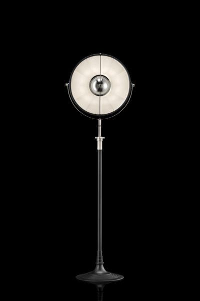 Lampadaire Fortuny Atelier 41 noir et blanc