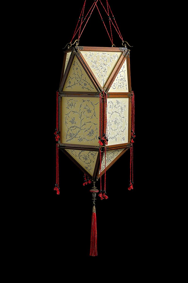Fortuny Concubine Peonia lampe en soie avec structure en bois