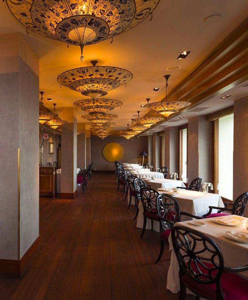 Lampe en soie à 3 niveaux Scheherazade Fortuny décoration Floral, restaurant