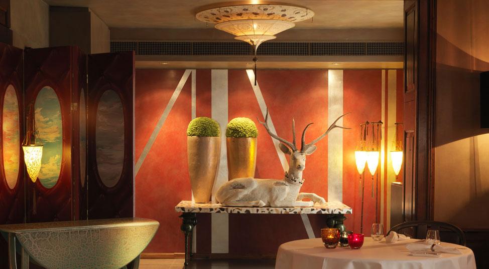 RICO'S KUSNACHT avec des lampes Fortuny en Suisse