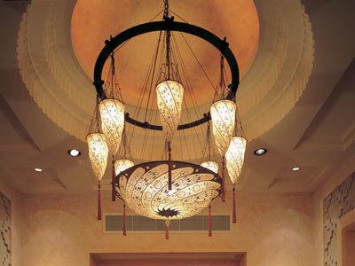 Scudo Saraceno et Cesendello Fortuny lampes à l'Ashiana-Restaurant-à Dubaï, vue de la lampe