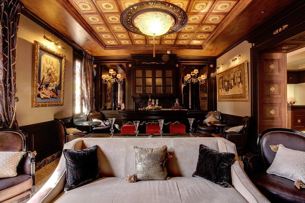 Hôtel Moresco Palace à Venise avec des lampes en verre Fortuny