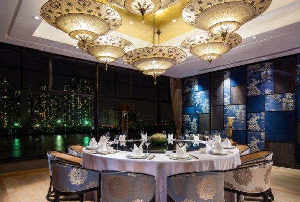 Scheherazade Fortuny au restaurant Y2C2 à Shanghai