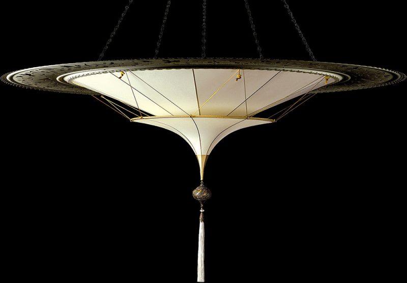 Scheherazade en soie à 2 niveaux avec l'anneau en métal