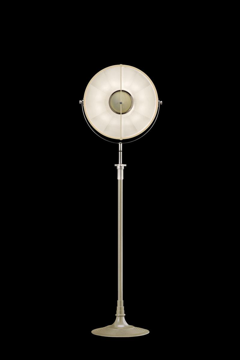 Studio 1907 Fortuny lampadaire Atelier 41 quartz et blanc