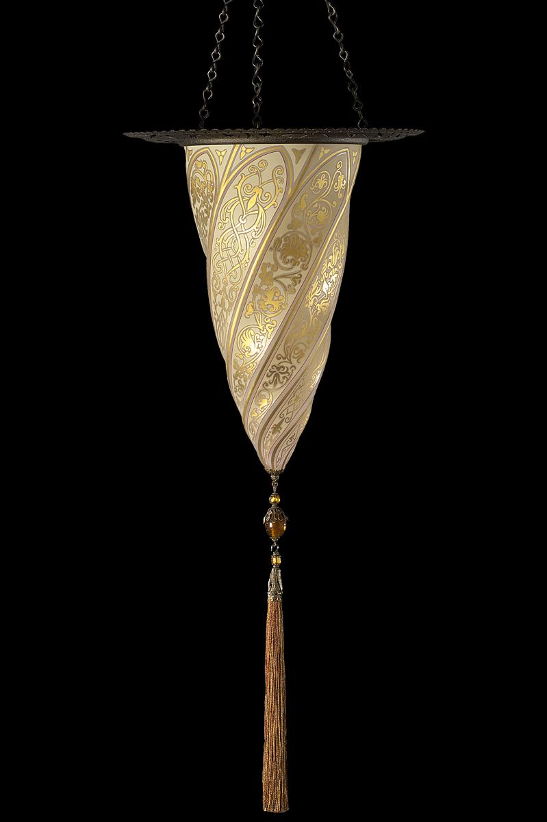 Cesendello en verre avec anneau en métal