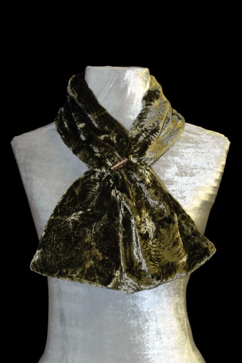 Écharpe Fortuny vert en velours froncé et perles de verre de Murano