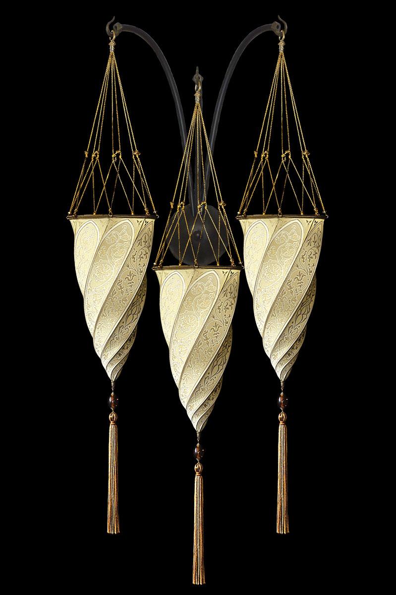 Applique Fortuny Cesendello en soie ivoire en forme de triple arc