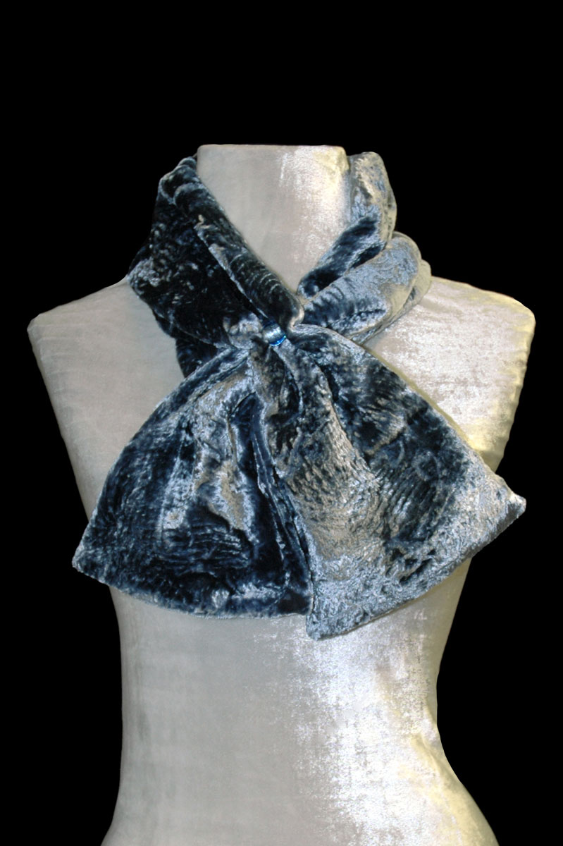 Écharpe Fortuny bleu gris en velours et perles de verre de Murano