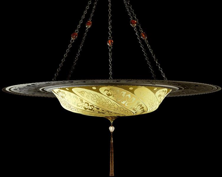 Fortuny Luminaire Scudo Saraceno Serpentine en soie jaune ôcre avec l'anneau en métal