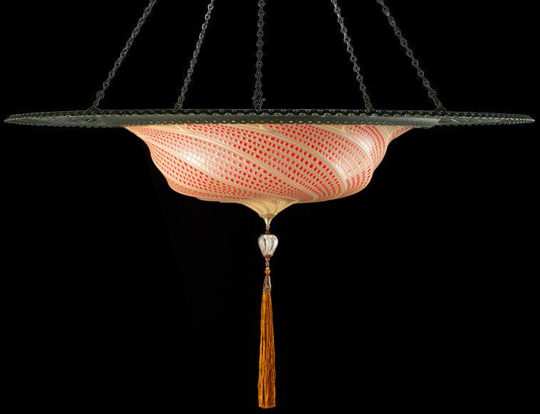 Luminaire en verre Fortuny Scudo Saraceno rouge mosaique avec l'anneau en métal