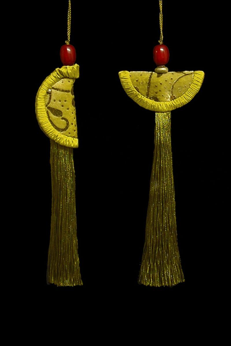 Couple de Glands de clés - pompons Geisha et Samurai de Venetia Studium en vert or brillant