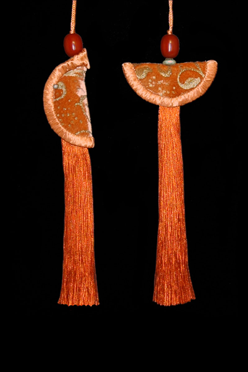 Couple de Glands de clés - pompons Geisha et Samurai de Venetia Studium orange