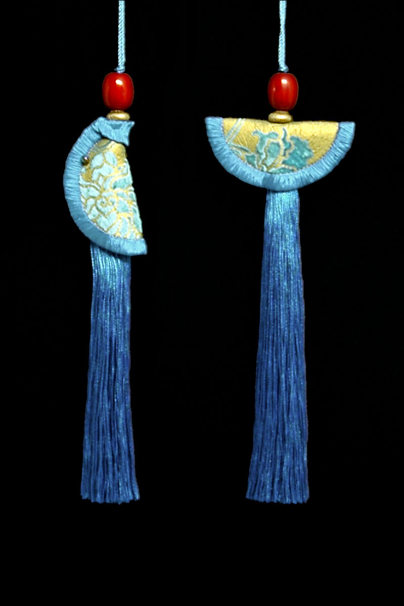 Venetia Studium couple of cobalt blue Geisha & Samurai key tassels
