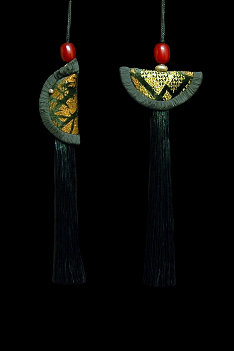 Venetia Studium couple of jungle green Geisha & Samurai key tassels